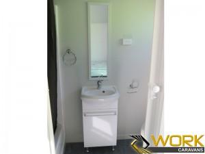shower-toilet-laundry-9
